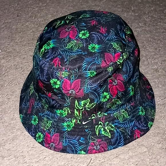 Nike bucket Hawaiian hat-sz M